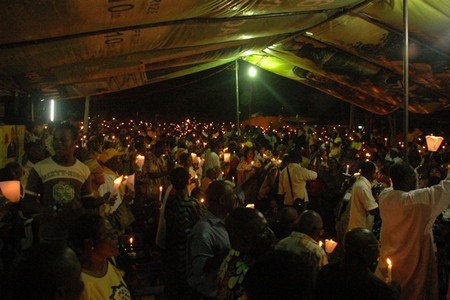 Togo. Soutien aux Togolais et à la démocratie Veillee_de_prieres_du_mercredi_24_mars_2010_156